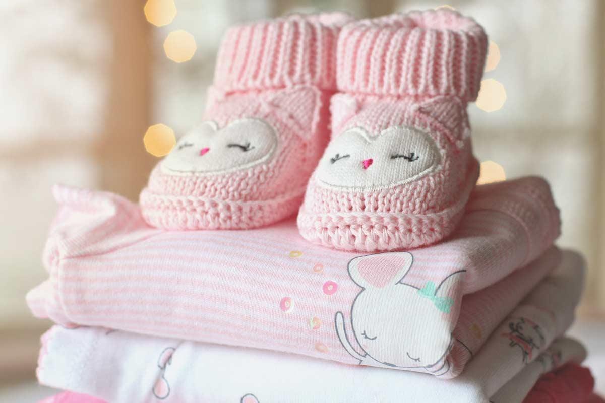 Baby fotograf med stor erfaring i baby fotografering både i studie og på location Randers
